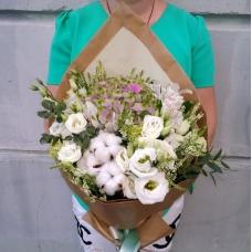 Букет из меланжевой гортензии с белыми цветами | Купить Букет из меланжевой гортензии с белыми цветами
